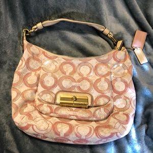 Coach shoulder bag !! 🌼🌻🌞🌸💐🍡